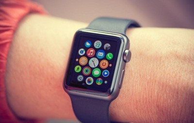 Apple smart watch grabs more than half the market